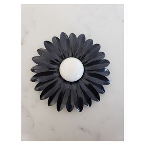 Vintage Black And White Enamel Daisy Flower Brooch